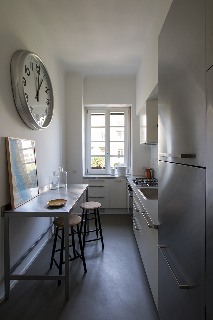 Kickoffice interiors designer architect casaa kitchen stainlesssteel stools hem cork clock