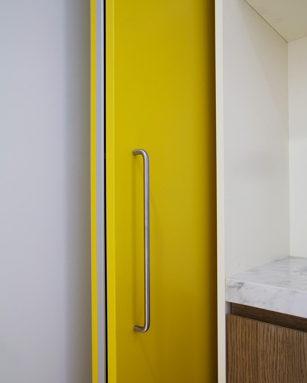 kickoffice casa df sliding system yellow panel door