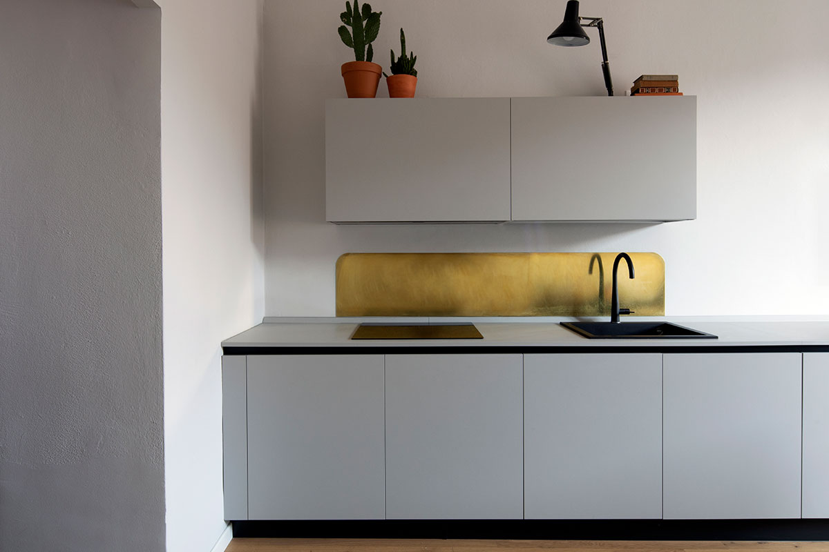 kickoffice casa dgp kitchen brass grey 2