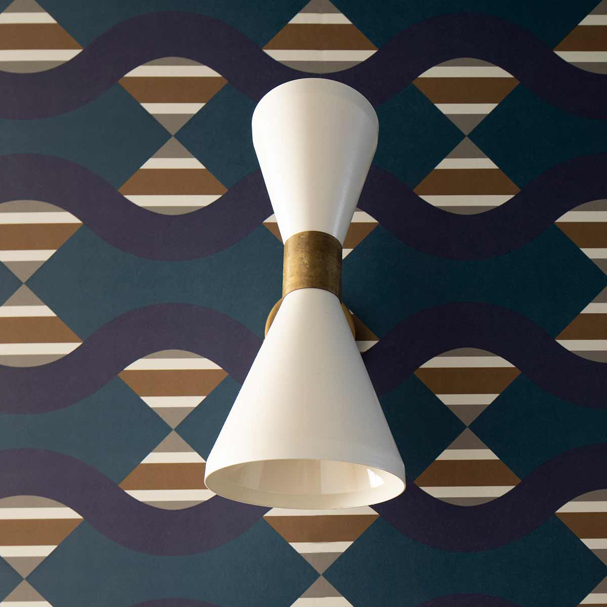 kickoffice casa dgp wallpaper bedroom jupiter10 blue applique detail