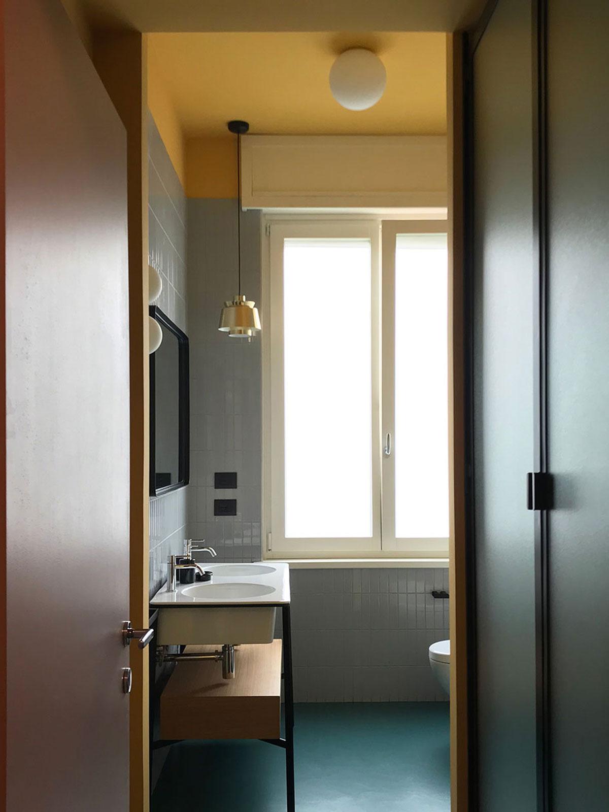 kickoffice casa ff2 bathroom epoxy light artemide cermaicavogue kerakoll ceramicacielo