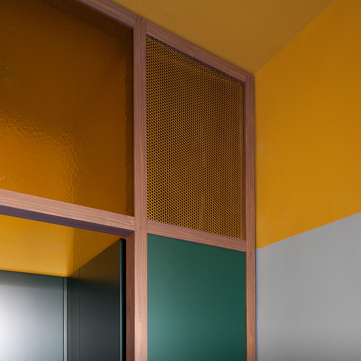 kickoffice casa n kitchen color glass wood corner perforated detail