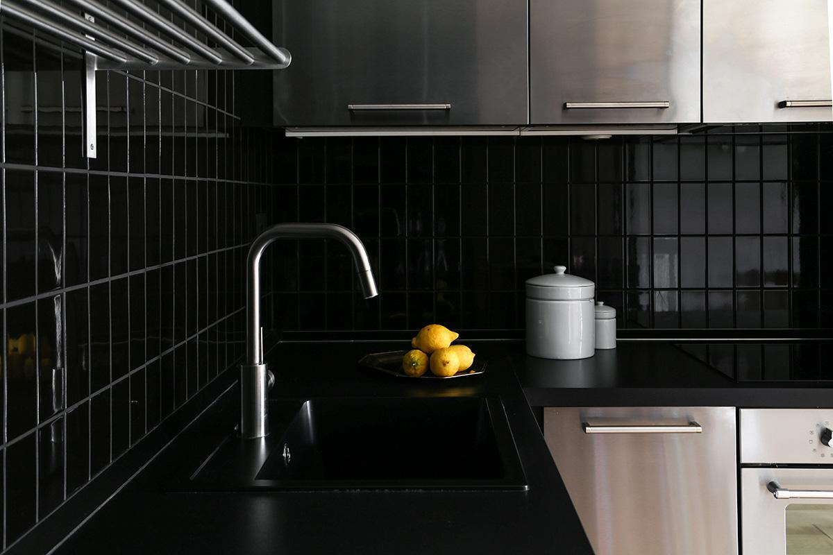 kickoffice casa ff2 kitchen tiles black steel