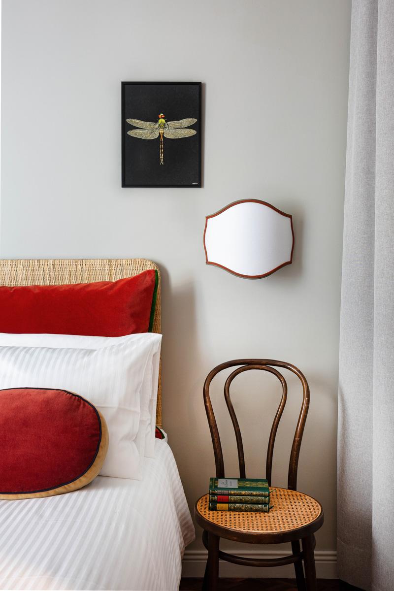 kickoffice broggi apartments bedroom chair applique grey red