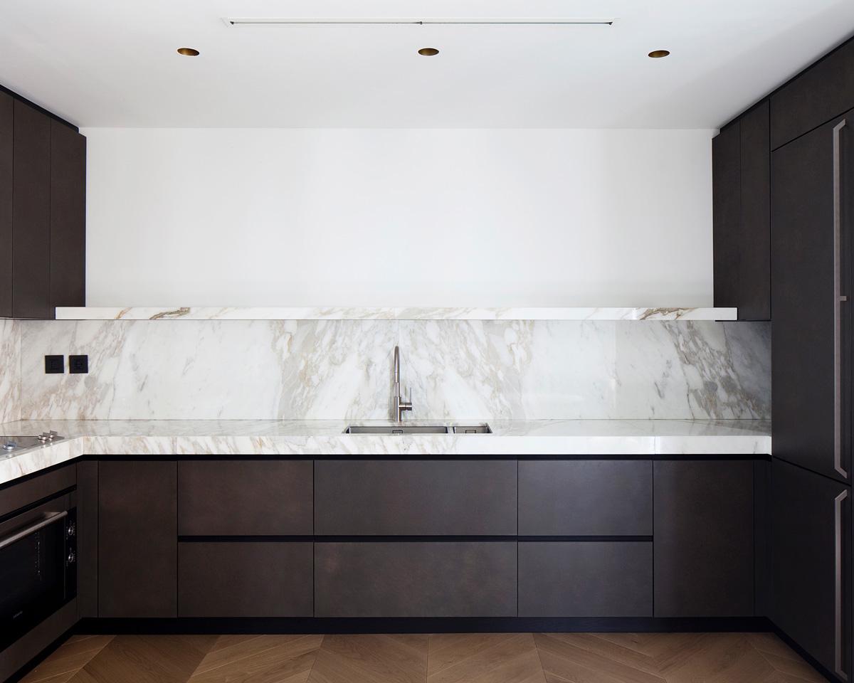 kickoffice casa dgr kitchen valcucine gaggenau spotti marble calacatta