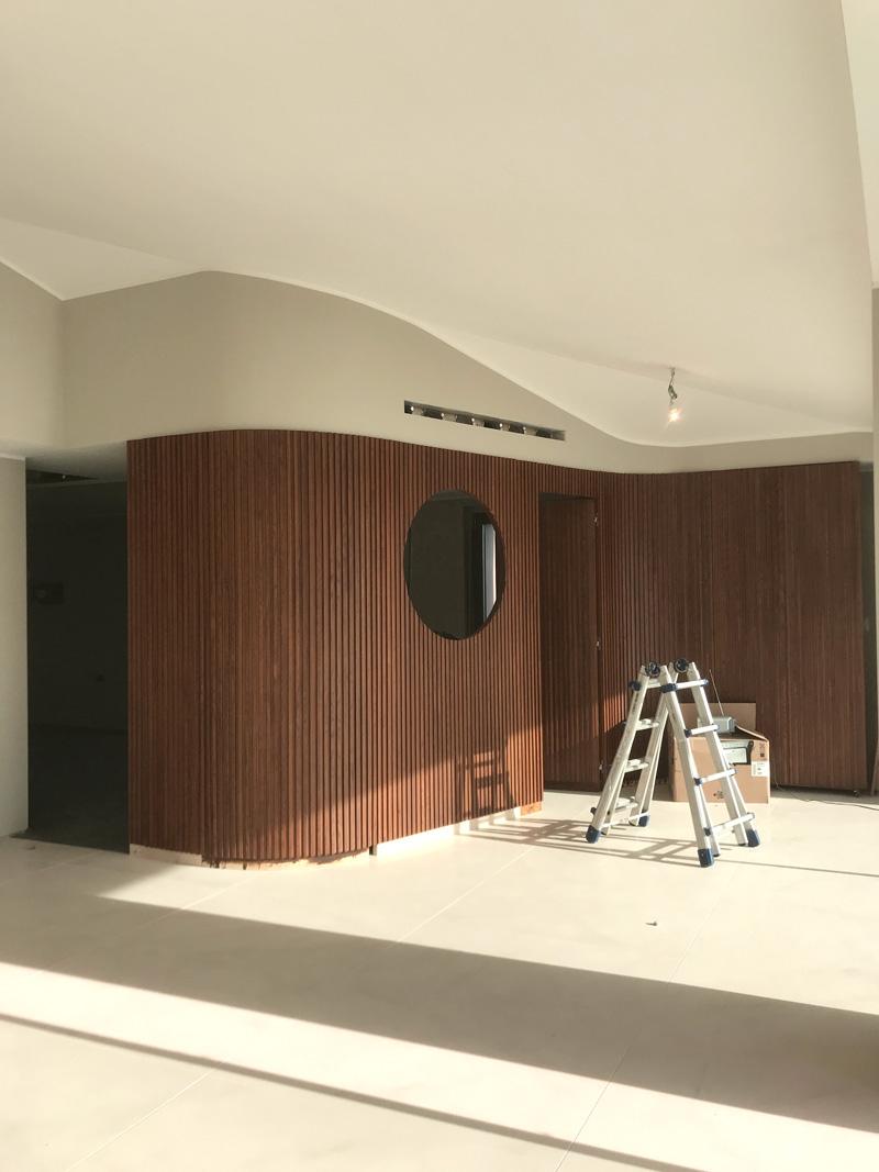 kickoffice casa t boiserie wood oblo livingroom kitchen