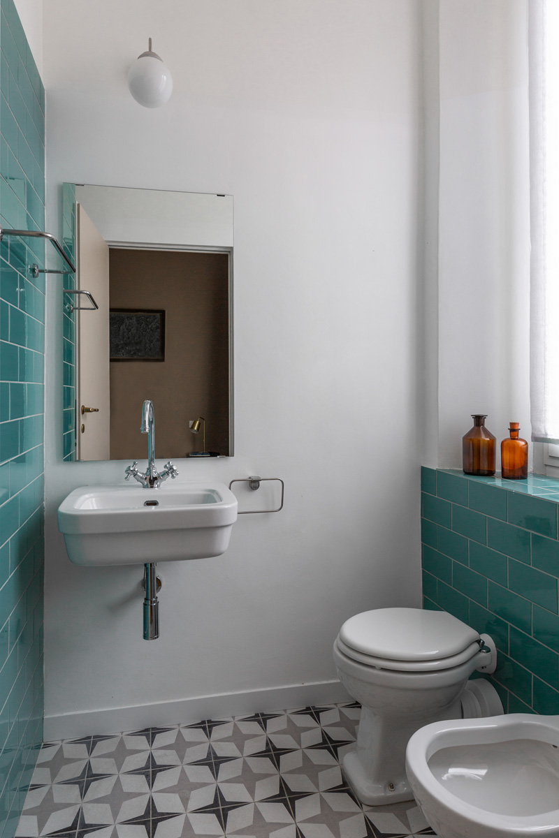 kickoffice settembrini rooms private bathroom tiles turquoise