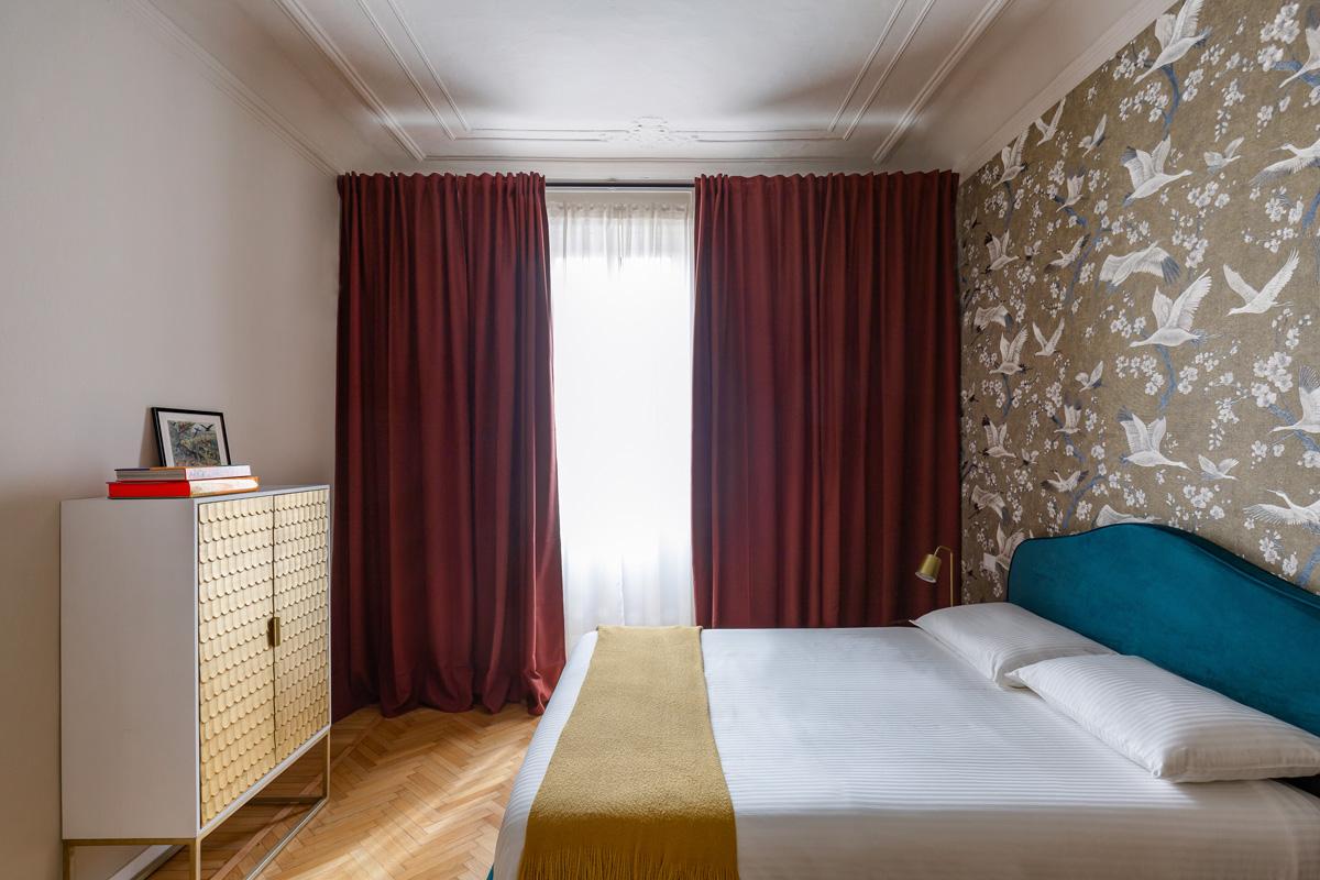 kickoffice settembrini rooms bedroom curtain wardrobe wallpaper
