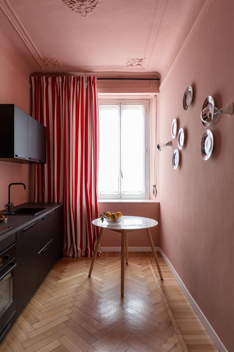 kickoffice settembrini rooms kitchen black pink curtain stripes seletti