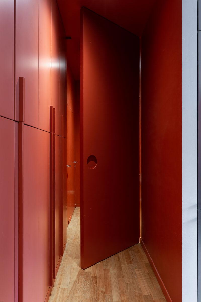 kickoffice casa cb hallway bespoke forniture door opening orange