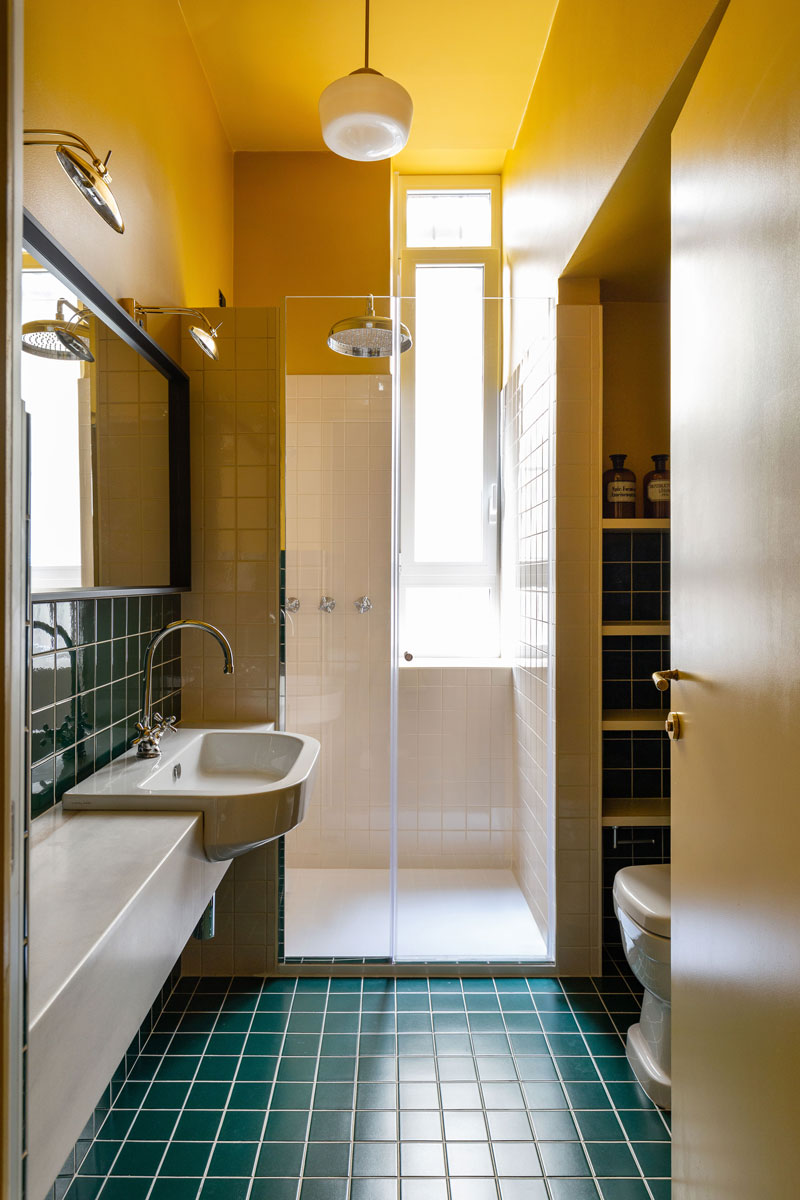 kickoffice broggi apartments bathroom airbnb tiles vogue simas catalanosfera yellow green