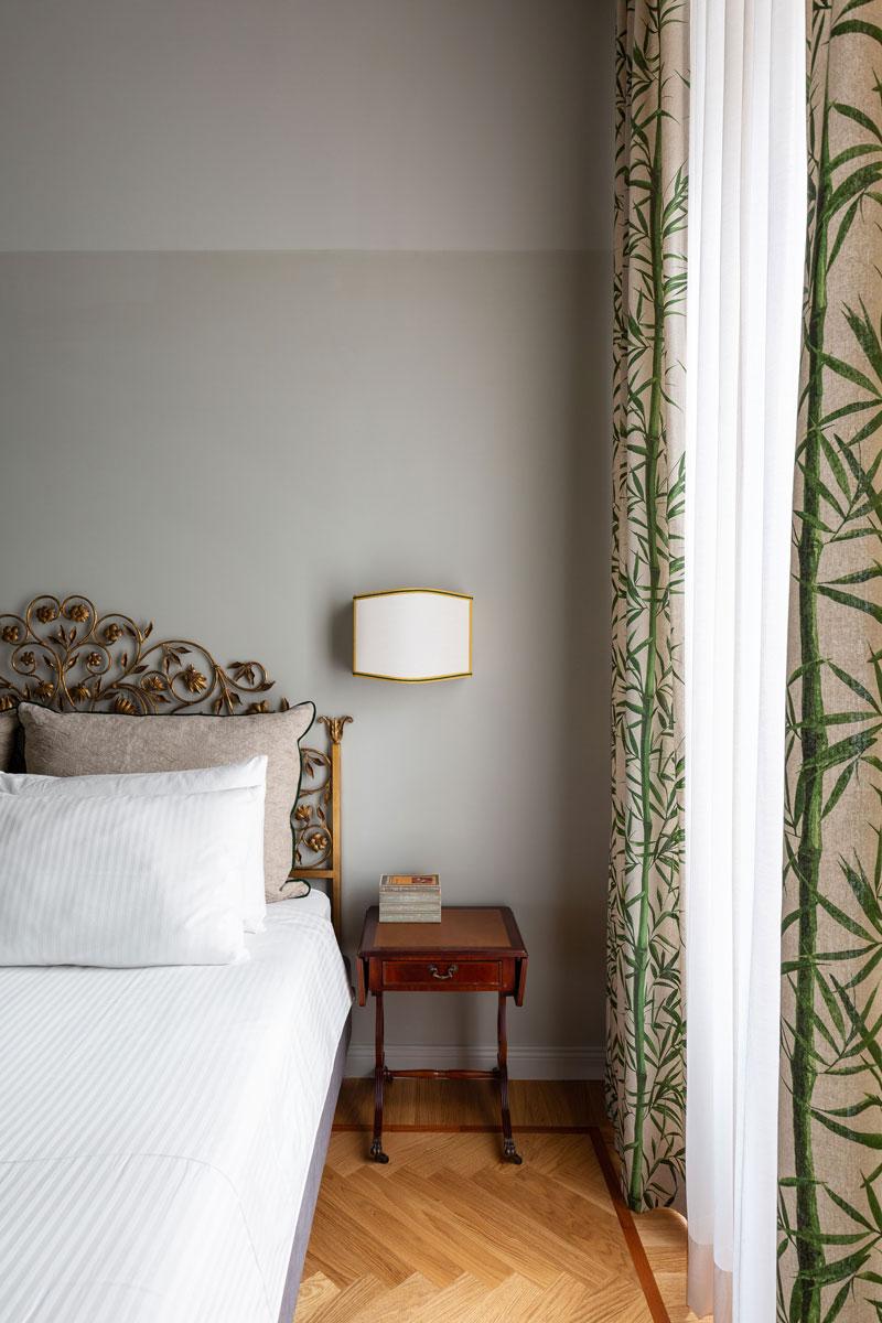 kickoffice broggi apartments bedroom curtain foliage vintage